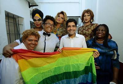 Inaugurado Centro de Referência e Atendimento a LGBT no Rio Vermelho
