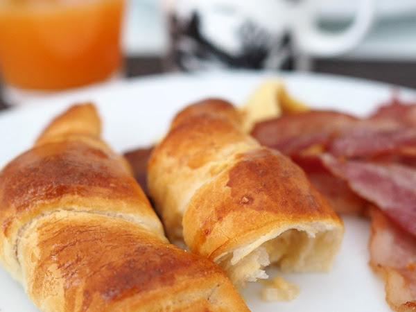 Suussasulavat cheddarcroissantit