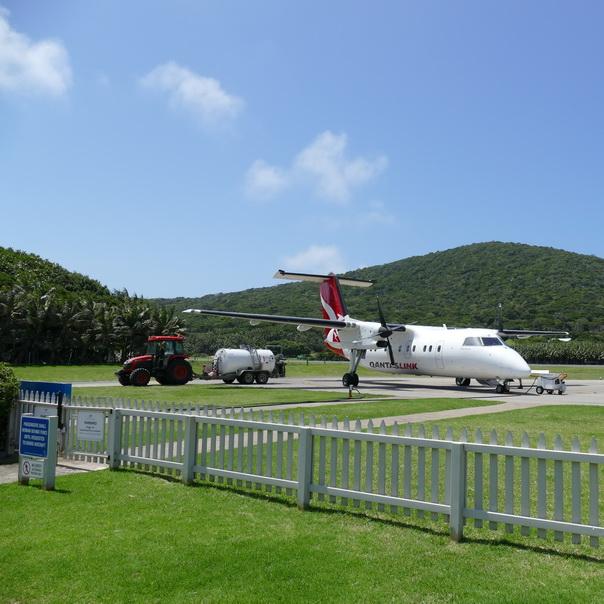 Lord Howe Island Start Tank Flughafen Traktor Tipps gegen Flugangst Qantas
