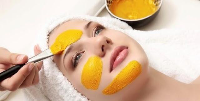 Manfaat Ajaib Bubuk Kunyit Untuk Kecantikan Kulit Wajah
