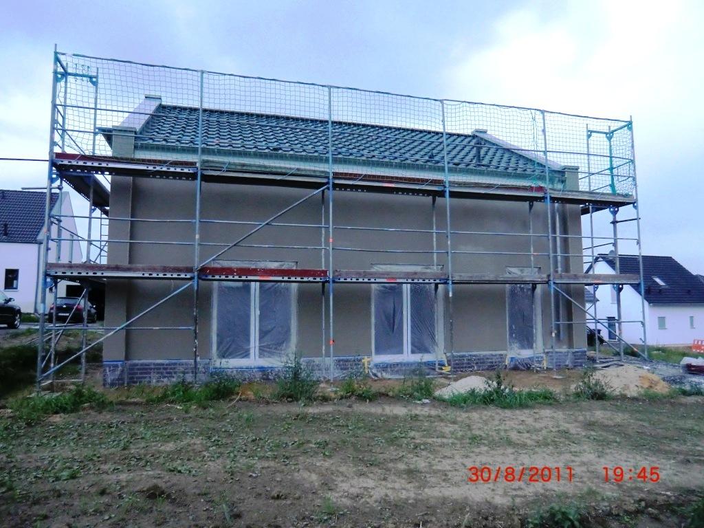 Jenny und Stefan bauen ein Haus Aussenputz  Es passiert etwas