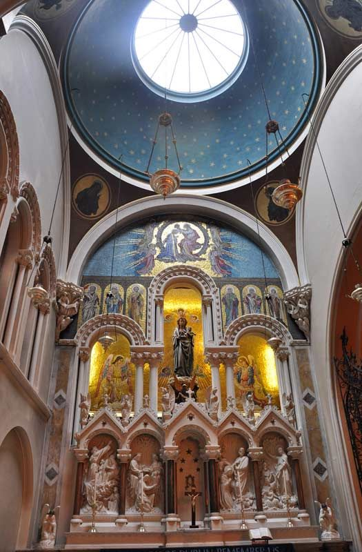 Whitefriar Street Carmelite Church, Dublin Where The Relics Of Saint  Valentine Lie.