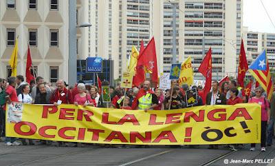 """""""Paratge e Convivéncia"""" slogan occitan"""