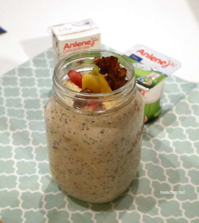 Kurma Overnight Oats for Sahoor