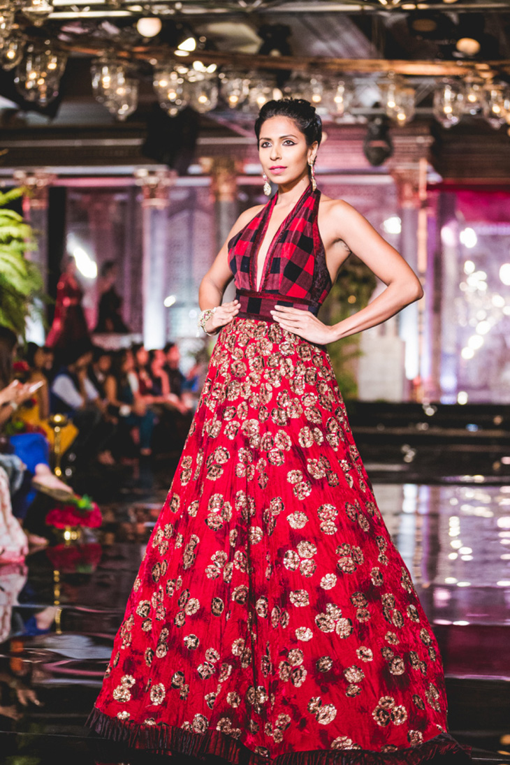 Manish Malhotra Ethnic Collection At India Couture Week 2016 ...