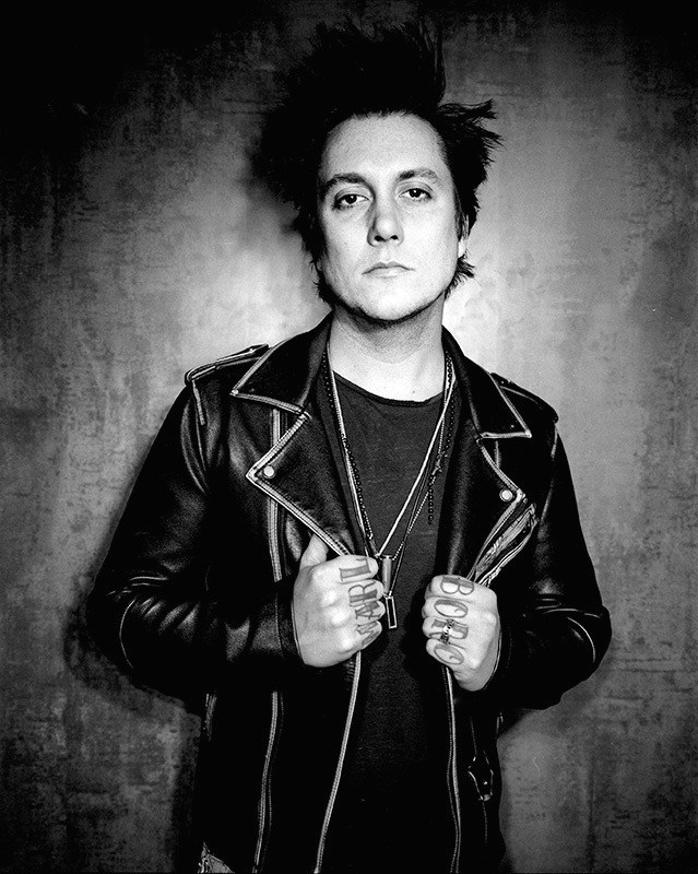 avenged sevenfold news synyster gates interviewed by