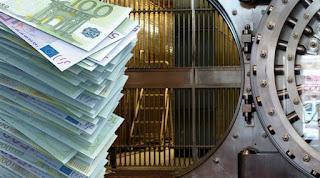 Το… ξανασκέφτονται όσοι έβγαλαν τα λεφτά τους από τις τράπεζες - Οι νέες τάσεις