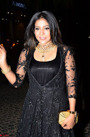 Sakshi Agarwal looks stunning in all black gown at 64th Jio Filmfare Awards South ~  Exclusive 001.JPG