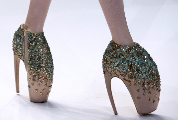 MCQUEEN SHOES  BRILLIANT OR TOO EXTREME  - HAWK EYE VIEW 0bc962e00cf
