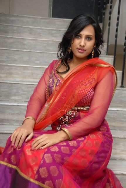 Slicypics Indian Actress Tamanna Bhatia Photos