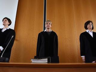 Ex-guarda de Auschwitz é julgado na Alemanha