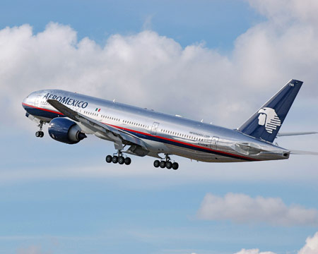 Aeromexico Check in Times Flight within Mexico * If you have a boarding pass with luggage arrive 90 minutes before departure at Boarding gate. * if you don't have baggage, 30 .