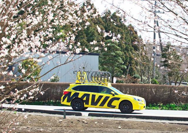 マヴィックカー スバル レガシィ アウトバックの写真