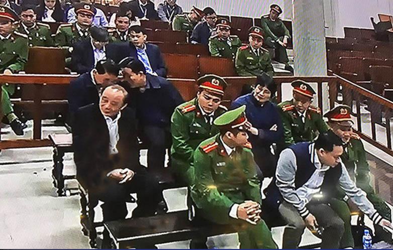 Bùi Văn Thành và Trần Việt Tân: Bị can VIP!