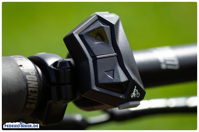 Gut zu erkennen: Die kantigen Schalter um die Unterstützungsstufen des Yamaha PW-X zu wechseln.