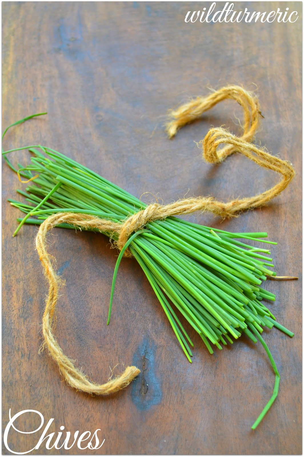 8 Top Medicinal Uses Of Chives For Skin, Hair & Health