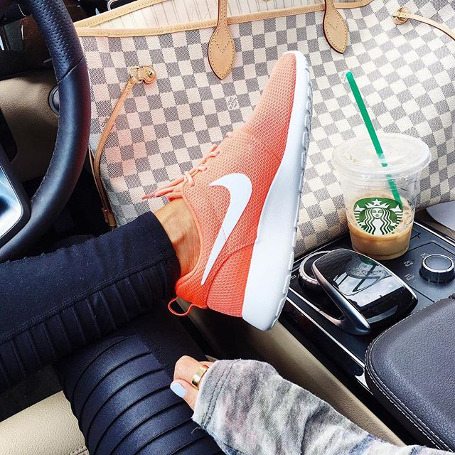 emily ann gemma instagram, alo moto yoga leggings black, coral nike roshe tennis shoes womens, neverful GM damier azur, fashion instagram,