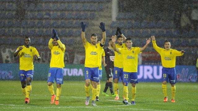 Merecida y trabajada victoria de UD Las Palmas en Ipurua