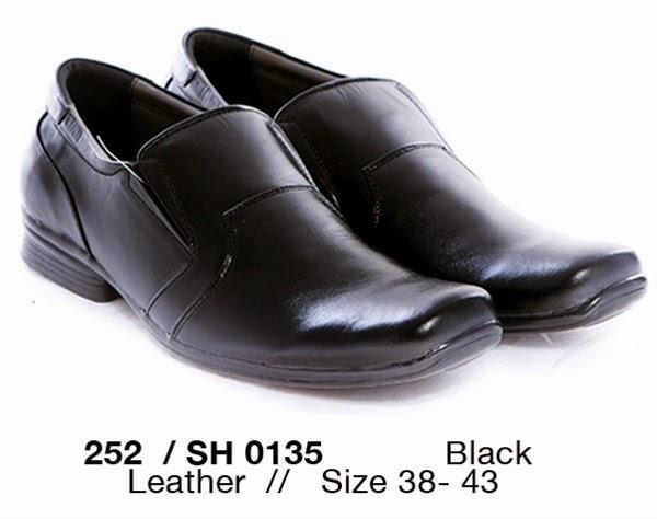 Jual Sepatu Kerja Pria murah, Sepatu Kerja Pria cibaduyut online, Sepatu Kerja Pria tahun 2015, sepatu formal pria terbaru, sepatu kerja pria merk garucci