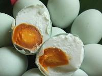 Tips Meraih Sukses Bisnis Telur Bebek Asin Beraneka Rasa
