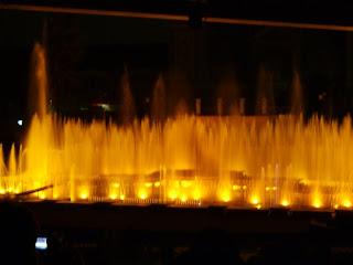 Шоу музыкальные фонтаны в Праге
