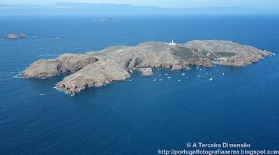 Arquipélago das Berlengas - Berlenga Grande, Estelas e Farilhões