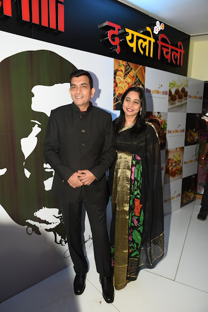 1. Padmashree Chef Sanjeev Kapoor with Wife
