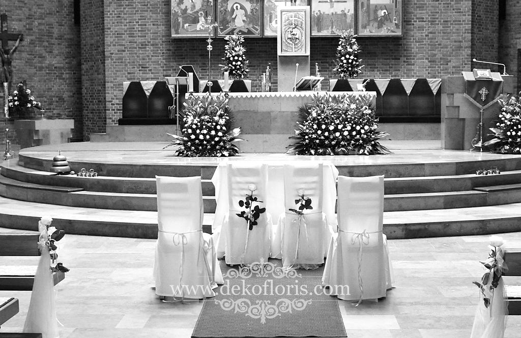 Dekoracja kościoła na ślub Opole ZWM