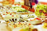 http://www.veganismo.org.br/p/restaurantes-veganos.html