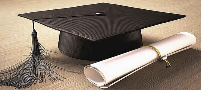Pemerintah provinsi (Pemprov) Maluku akan menguliahkan kembali 30 mahasiswa dari keluarga ekonomi lemah di Universitas Padjajaran (Unpad) Bandung tahun akademika 2017/2018 melalui program beasiswa.
