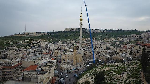 Lawan RUU Larangan Adzan, Umat Islam Resmikan Menara Adzan Tertinggi di Palestina