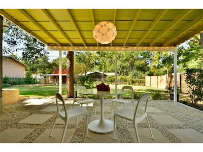 Mad for Mid-Century: Atomic Ranches in Bizarro World on Mid Century Patio Design  id=11115