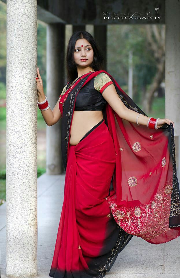Beautiful Indian Girl Face Wallpaper Hottest Internet Sensation Rupsa Saha Stunning Saree