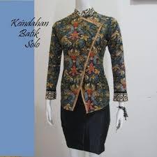 Baju Batik Kerja Wanita Khas Solo