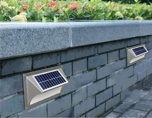 Projecteur et clairage solaire puissant extrieur et jardin