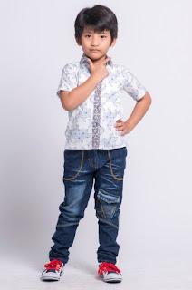 Model baju batik anak laki-laki casual