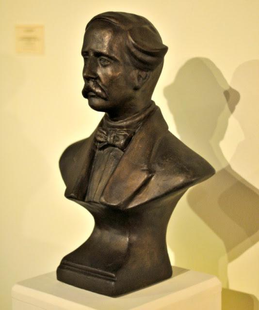 Busto de Juan Pablo Duarte, Luis Desangles