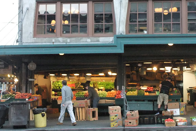 pikeplacemarket-earlymorning