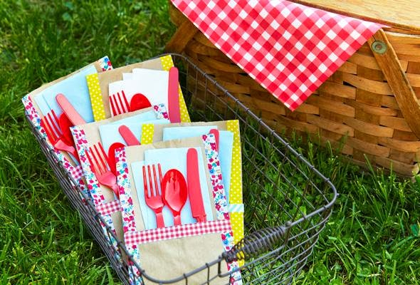 P&Geveryday site, picnic essentials, summertime picnic, picnic basket