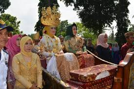 Keunikan-Kebudayaan-dan-Adat-Istiadat-Suku-Melayu-Lampung