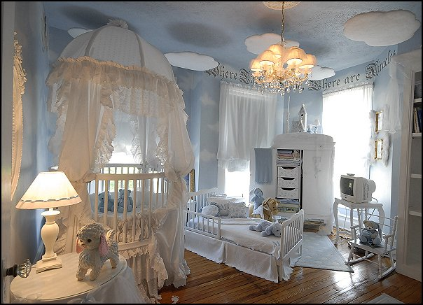 cloud theme decorating ideas - clouds wall murals - cloud wall decals - cloud decorations - cloud wallpaper - sky wall murals -  cloud wall stickers - clouds bedding - clouds duvet covers - Sky themed bedrooms