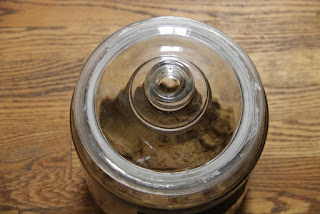 Padded lid on jar, top view