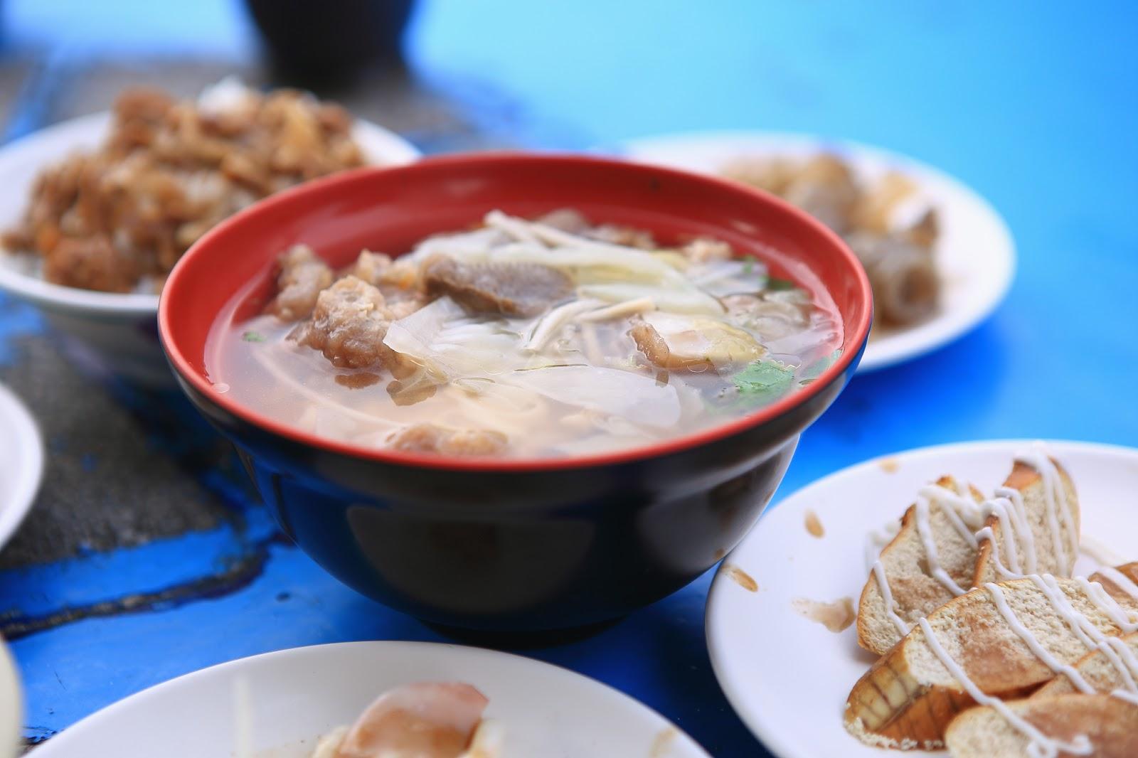 阿華鯊魚羹 新北瑞芳區 深澳漁港裡的新鮮海味小吃店 - 小食日記