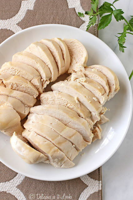 Super Simple Poached Chicken Breasts - Only 3 Ingredients and Low-FODMAP  /  Delicious as it Looks