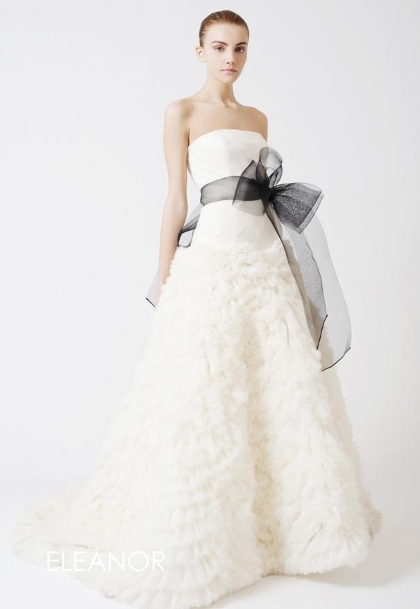 31 wedding dresses classics by vera wang glowlicious me for Discount vera wang wedding dresses