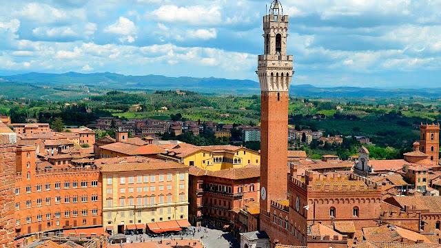 Vista da cidade de Siena na Itália