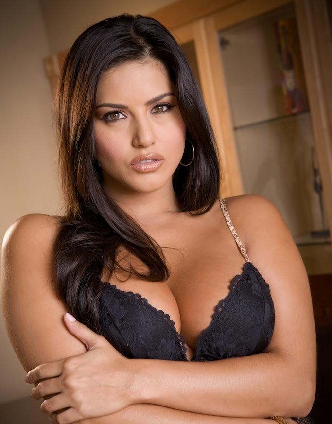 All Bollywood Girl Hd Wallpaper Bikini Girls Pornstar Sunny Leone Very Hot Sexy Bikini