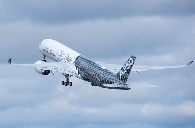 a350 carbon livery
