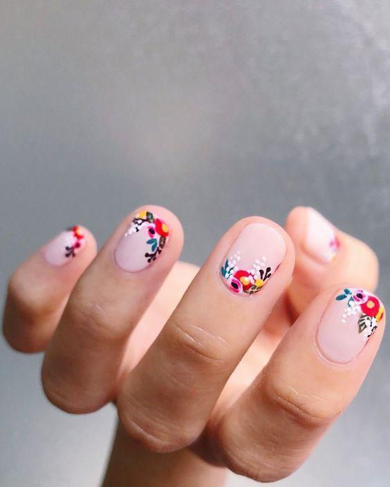Soft Color Flowers Image-1