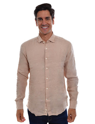 https://www.clubefashion.com/sacoor-brothers/montra/produto/camisa-homem-sacoor-bege/63a213adeb0b87ae907bf85ee9aa380821243